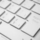 Tastatur mit Apply-Taste
